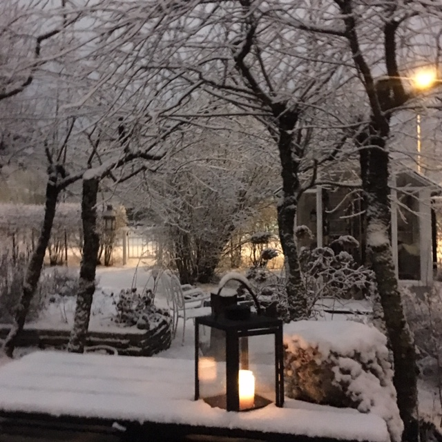 021218_Lykta_snö
